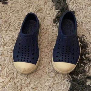 Natives size 7 need to be washed navy